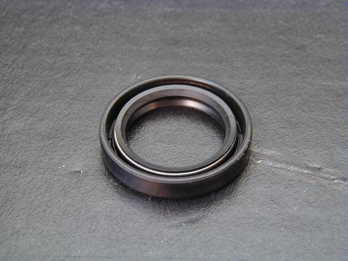REPLACEMENT OIL SEAL CAM COVER<br/>OEM 83162-51, BT 1970-99&nbsp;&nbsp;