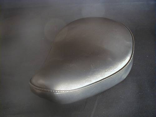 STANDARD SOLO SEAT, SMALL<br/>9&quot; wide x 12-1/2&quot; long x 1&quot; hi&nbsp;&nbsp;
