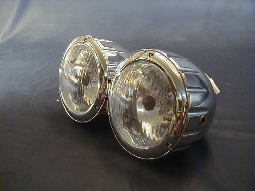 3-1/2´CNC DUAL HEADLIGHT COMPL<br/>H4,12V-60/55W,(90mm)B/M,CHROME&nbsp;&nbsp;