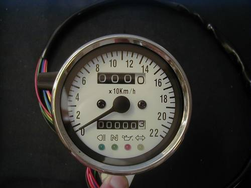 SPEEDOMETER WITH CONTROL LIGHTS<br/>STAINLESS STEEL, 1:1, 60mm&nbsp;&nbsp;
