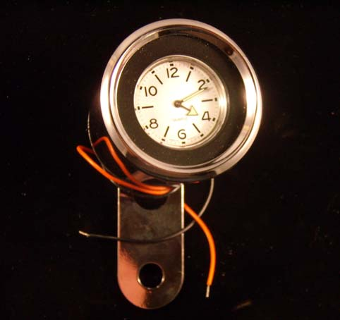 MICRO CLOCK, ANALOG UHR<br/>WITH WHITE FACE, FROM MMB&nbsp;&nbsp;