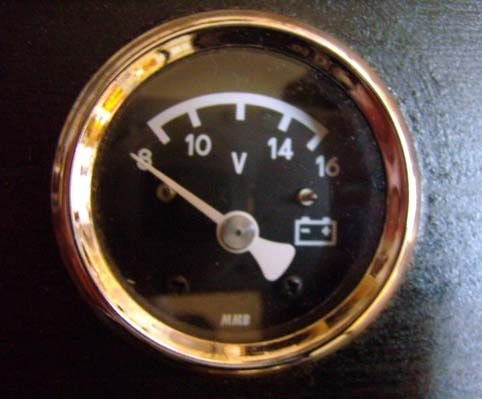 MICRO VOLT METER CHROME<br/>BLACK FACE, 48mm, FROM MMB&nbsp;&nbsp;