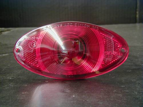 CAT EYE TAILLIGHT LENS ONLY IN RED<br/>WITH E-MARK, INCLUDE GASKET&nbsp;&nbsp;
