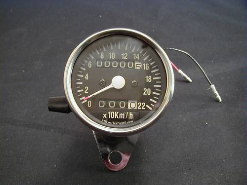 MINI SPEEDO WITH TRIPMETER 2:1<br/>0-220 KM/H BLACK FACE&nbsp;&nbsp;