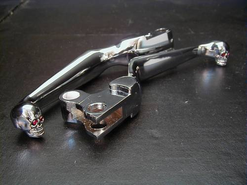 SKULL-STYLE CLUTCH AND BRAKE LEVERS<br/>WITH DIAMOND EYES, 1996-2006 EVO/TC&nbsp;&nbsp;