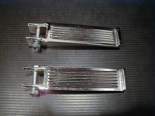 RIB FOOTPEGS WITH DOUBLE CLAMP<br/>PAIR&nbsp;&nbsp;
