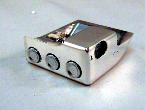 BDL SWITCH COVER CLUTCH CHROMED<br/>W/ 3 BUTTON SWITCHES, LEFT SIDE&nbsp;&nbsp;